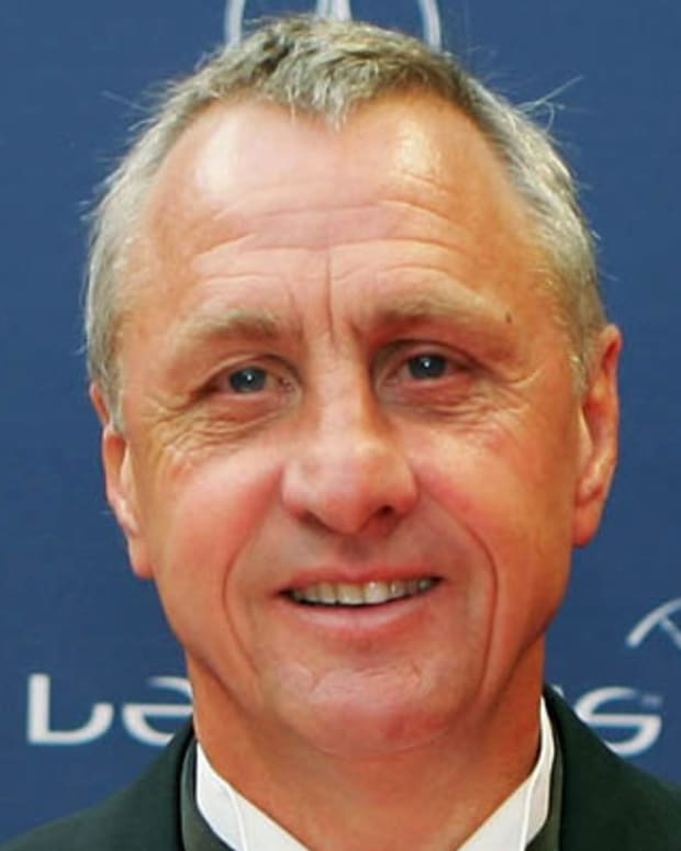 BARCELONA, SPAIN - MAY 22:  Johan Cruyff wins the Laureus Lifetime Achievement Award during the Laureus World Sports Awards held at the Parc del Forum on May 22, 2006 in Barcelona, Spain.  (Photo by David Cannon/Getty Images for Laureus)