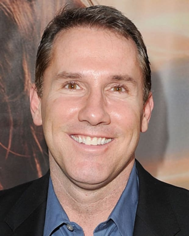 a biography of nicholas sparks an american writer best known for the notebook Nicholas sparks was born in omaha, nebraska on new year's eve in 1966 nicholas sparks, his influences, and his writing style sacramento nicholas sparks is known.
