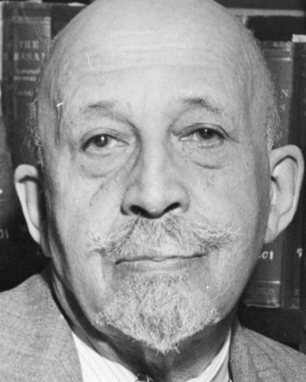 W.E.B. DuBois - Civil Rights Pioneer
