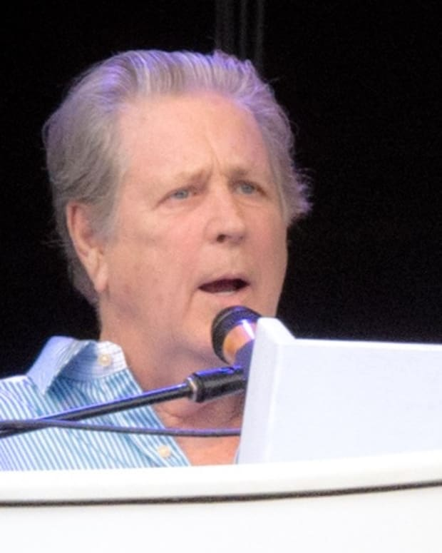 Brian_Wilson_2012_By louisepalanker (Flickr) [CC BY-SA 2.0 (http-//creativecommons.org/licenses/by-sa/2.0)], via Wikimedia Commons