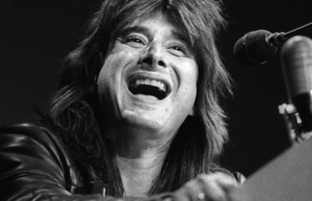 Steve Perry - Traces, Songs & Albums - Biography
