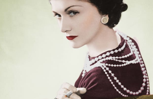 8 Fashionable Facts About Coco Chanel - Biography 52c4f6463766