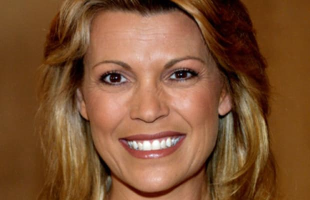 Vanna White - Age, Husband & Daughter - Biography