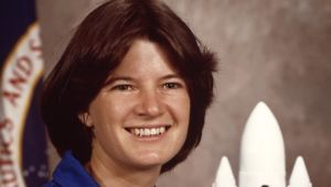 Sally Ride - Mini Biography