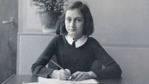 Anne Franks Diary Too Pornographic For 7th-Grade