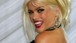 Anna Nicole Smith - The Early Years