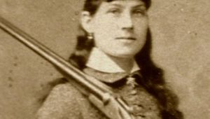 Annie Oakley - Contest of Love