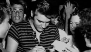 Elvis Presley - Mini Biography