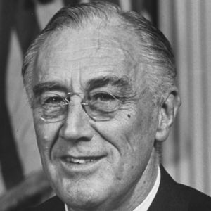 an introduction to the biography of franklin d roosevelt Shmoop guide to franklin d roosevelt (fdr) biography smart, fresh history of franklin d roosevelt (fdr) biography by phds and masters from stanford, harvard, berkeley.