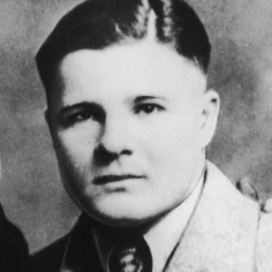 a biography of charles pretty boy floyd In the same vein of long time coming: dock boggs, i have attempted to create a charles pretty boy floyd information clearinghouse, which desperately attempts to connect you to all things pretty boy floyd.
