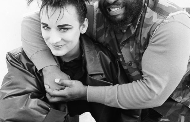 """Mr. T poses with Boy George from The A-Team's Season 4, episode 16 """"Cowboy George."""" 1986. (Getty)"""