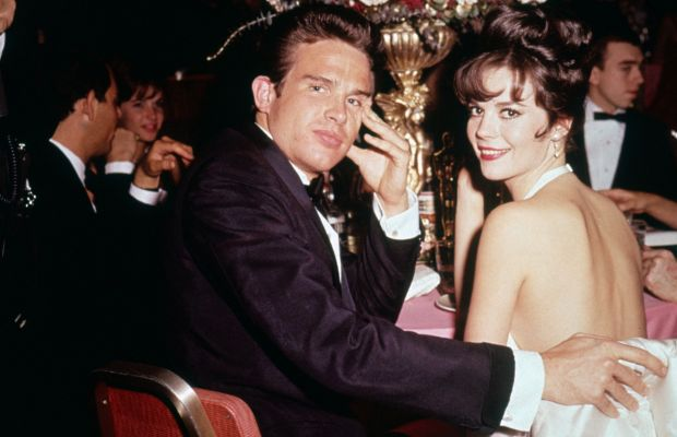 Beatty's Babes: Natalie Wood enjoyed a forbidden romance onscreen with Beatty in the  1961 classic Splendor in the Grass. They also  carried on off-screen after Wood's first marriage to Robert Wagner  ended. The actress later denied that the romance was the cause of her  marital problems. Clearly their onscreen chemistry worked, since Wood  took home an Oscar for her performance.