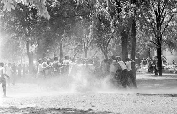 Children's Crusade race riots at Kelly Ingram Park. (Getty)