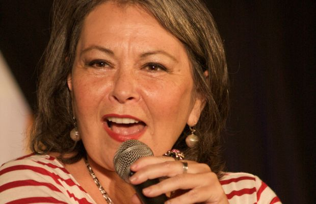 Roseanne Barr in 2010 By Leah Mark (Flickr) [CC BY-SA 2.0 (http://creativecommons.org/licenses/by-sa/2.0)], via Wikimedia Commons