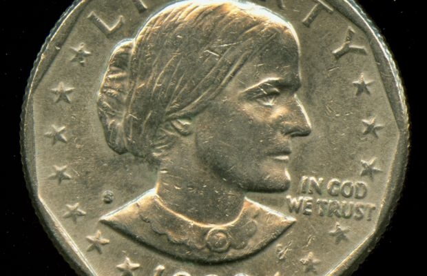 Susan B. Anthony Coin By unbekannt (Transferred by Heubergen/Originally uploaded by ARoth) [Public domain], via Wikimedia Commons