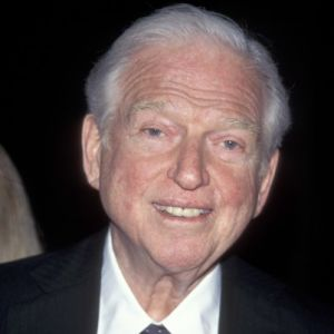 Sidney Sheldon Stock Photos and Pictures | Getty Images