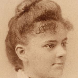 a biography of elizabeth blackwell Elizabeth blackwell (3 february 1821 – 31 may 1910) was a british physician, notable as the first woman to receive a medical degree in the united states and the first woman on the medical register of the general medical council.