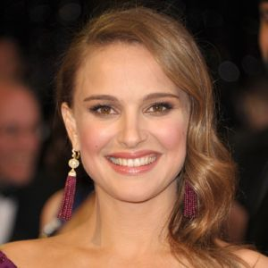 natalie portman Graphics and GIF Animations for Facebook