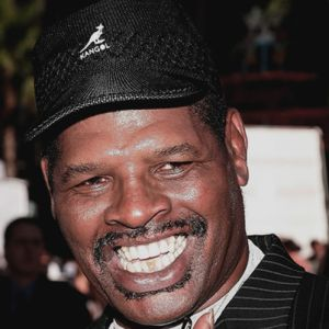 Leon Spinks | Steeshes – Mustaches and Miscellaneous