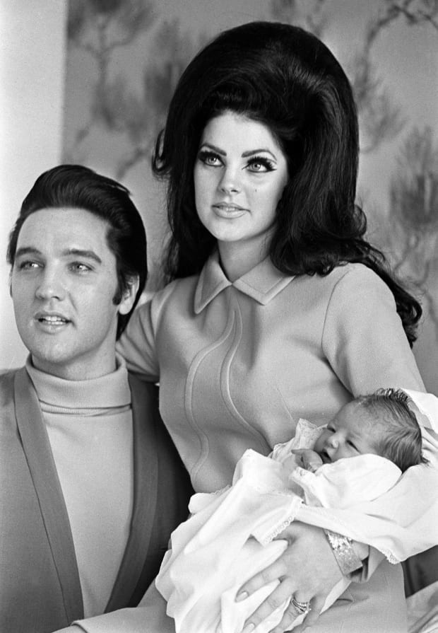 Elvis Presey - Death, Facts & Wife - Biography