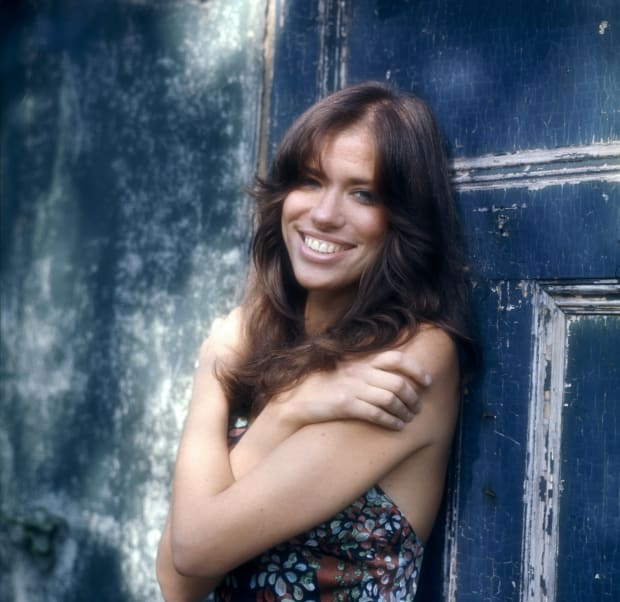 "Who is Carly Simon's ""You're So Vain"" About? - Biography"