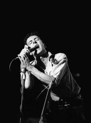 Joe-Strummer-248525-2-raw