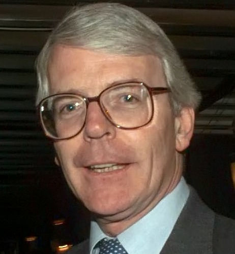 John Major and the Queen coped with crises together including the Gulf War, economic downturns, and Prince Charles's scandalous estrangement from his wife Diana. (Photo: PFC TRACEY L. HALL-LEAHY, USA [Public domain], via Wikimedia Commons)