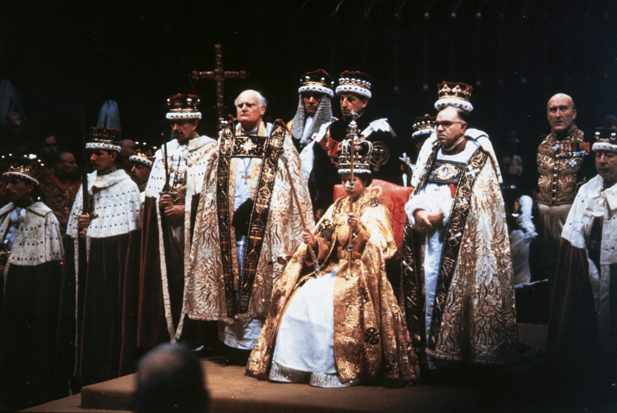 Высший свет. Галерея - Страница 19 2_queen-elizabeth-ii-after-her-coronation-ceremony-in-westminster-abbey-london-photo-by-hulton-archivegetty-images
