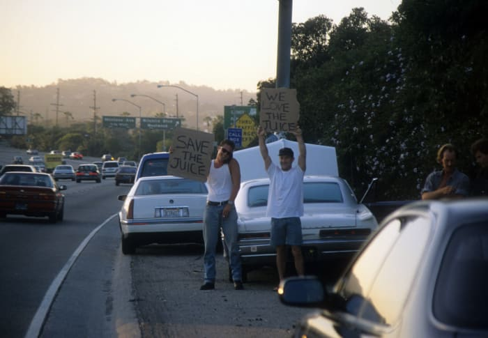 1993 Ford Bronco >> O.J. Simpson's Freeway Chase: What Happened to the White Ford Bronco - Biography