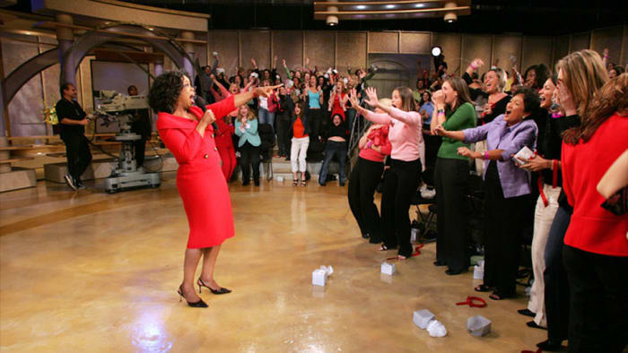 Oprah Car Giveaway: Why Oprah's Car Giveaway Is The Most Epic Talk Show Moment