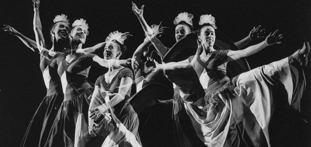 history of dance 3 essay Going to the palais: a social and cultural history of dancing and dance halls in britain, 1918–1960 contemporary british history (sep 2016) 30#3 pp 432–433.