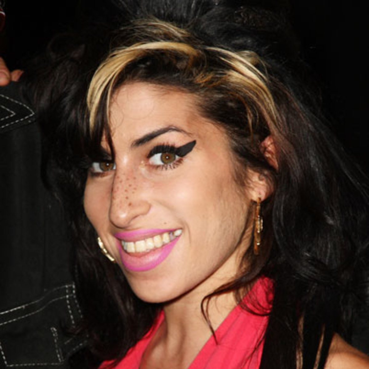 Amy Winehouse - Songwriter, Singer - Biography.com Amy Winehouse