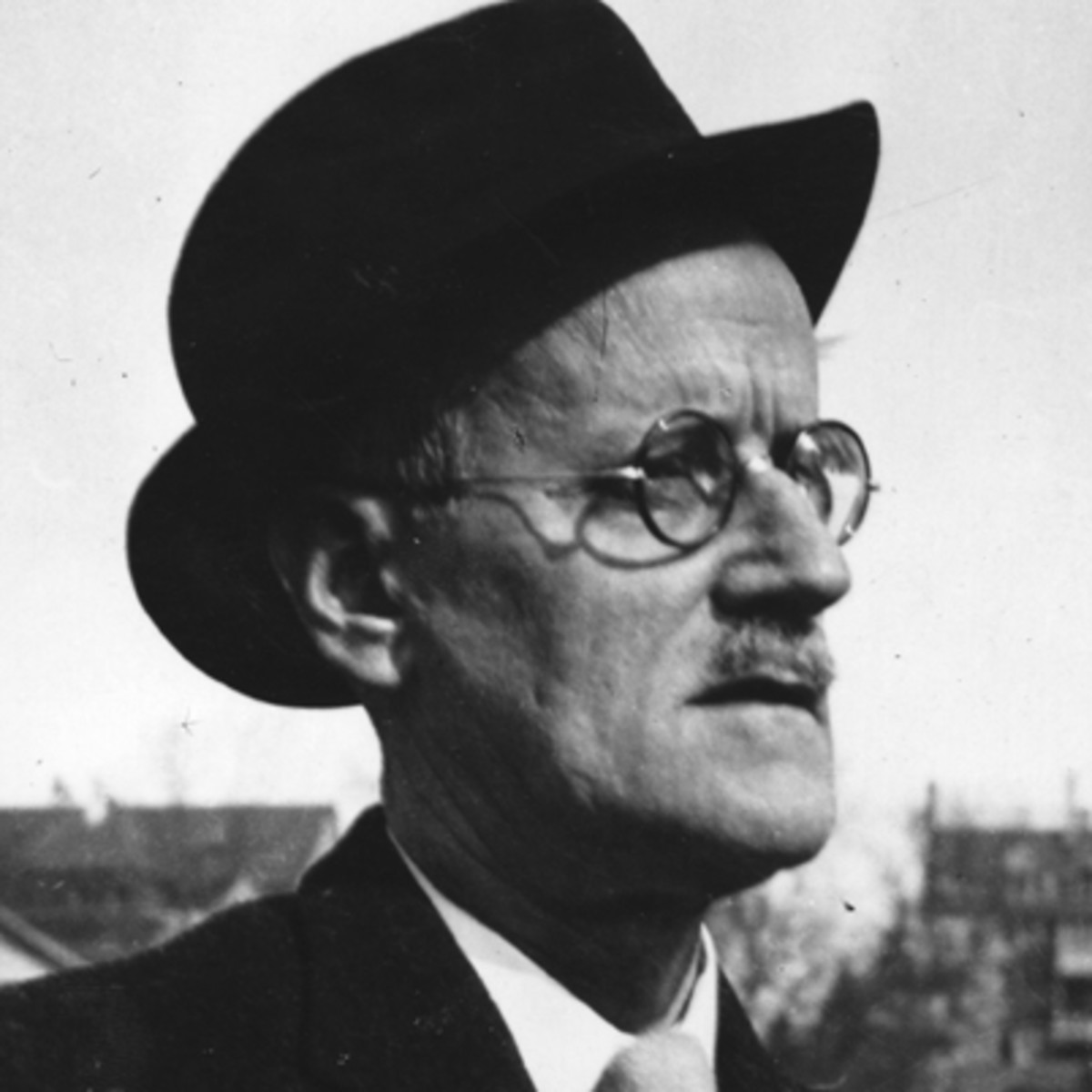 james joyce author com