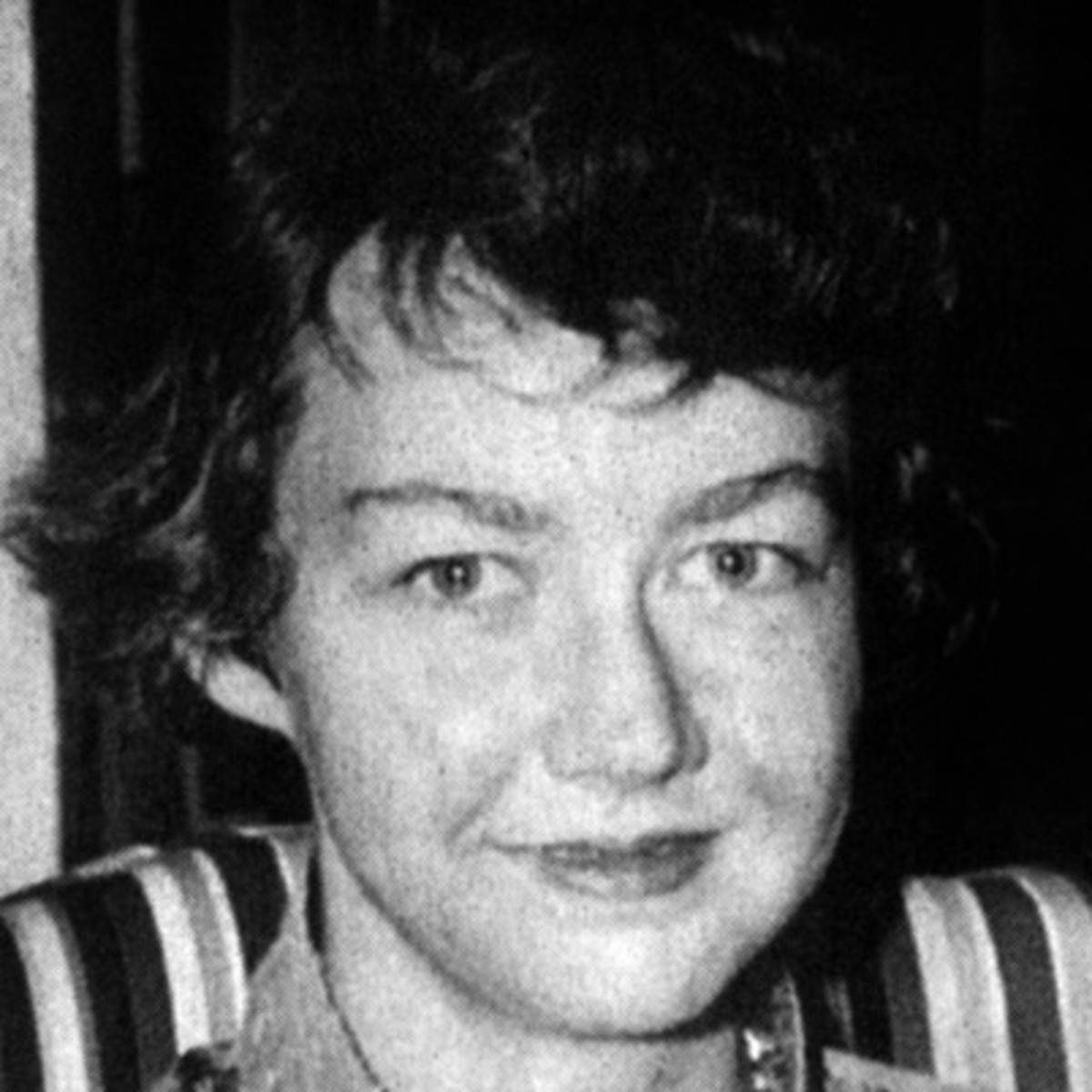 by essay flannery good hard man oconnor  a good man is hard to by flannery o connor essay bartleby com