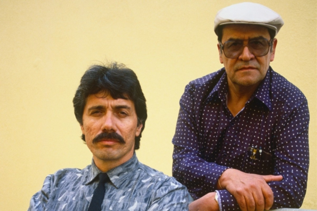 Actor Edward James Olmos with Jaime Escalante in 1988.