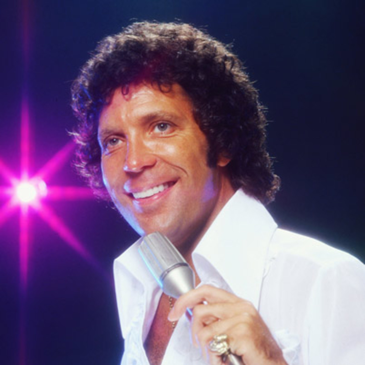Tom Jones photo