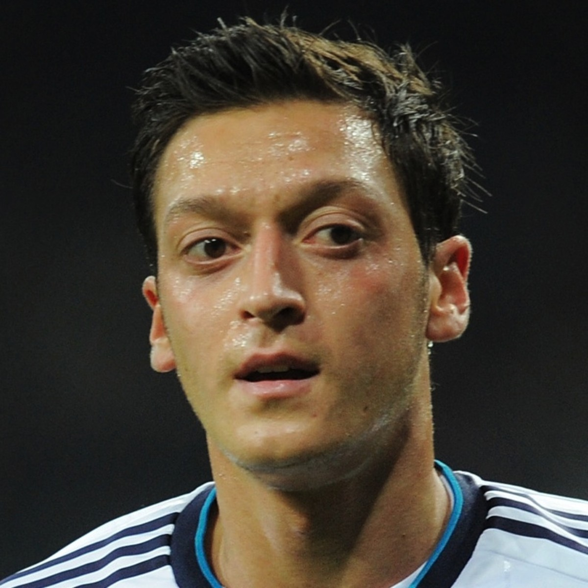 Mesut –zil Soccer Player Biography