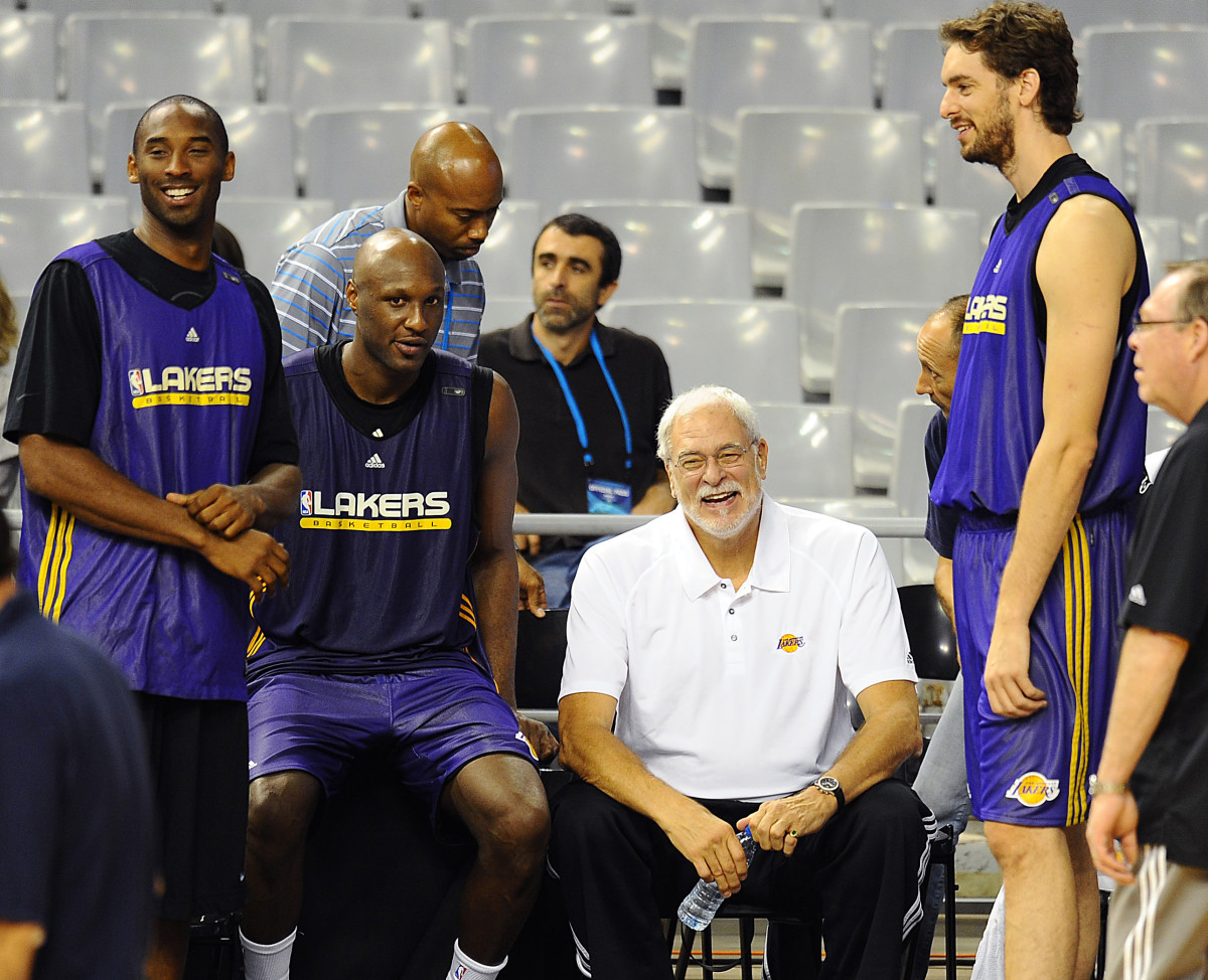 LA Lakers Phil Jackson Photo