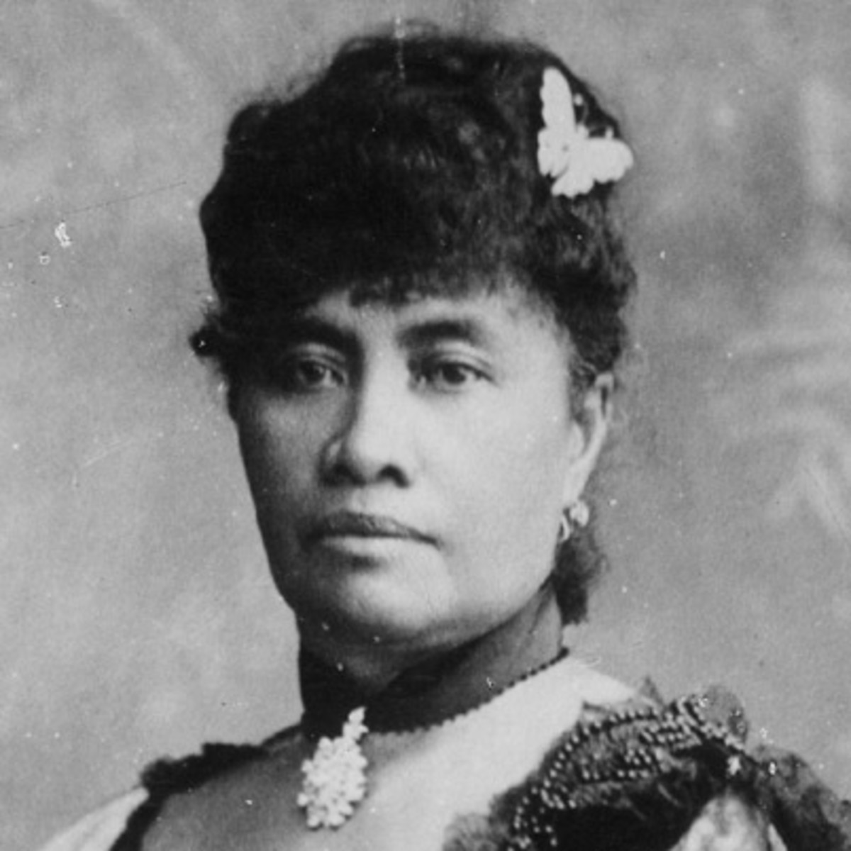 biography queen liliuokalani