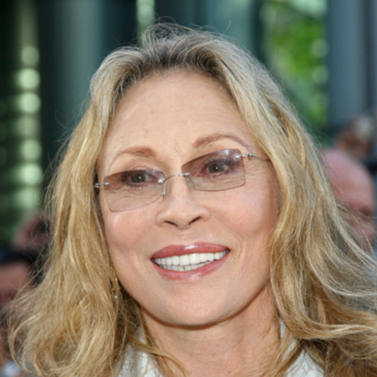 Communication on this topic: Ann Ward, faye-dunaway/