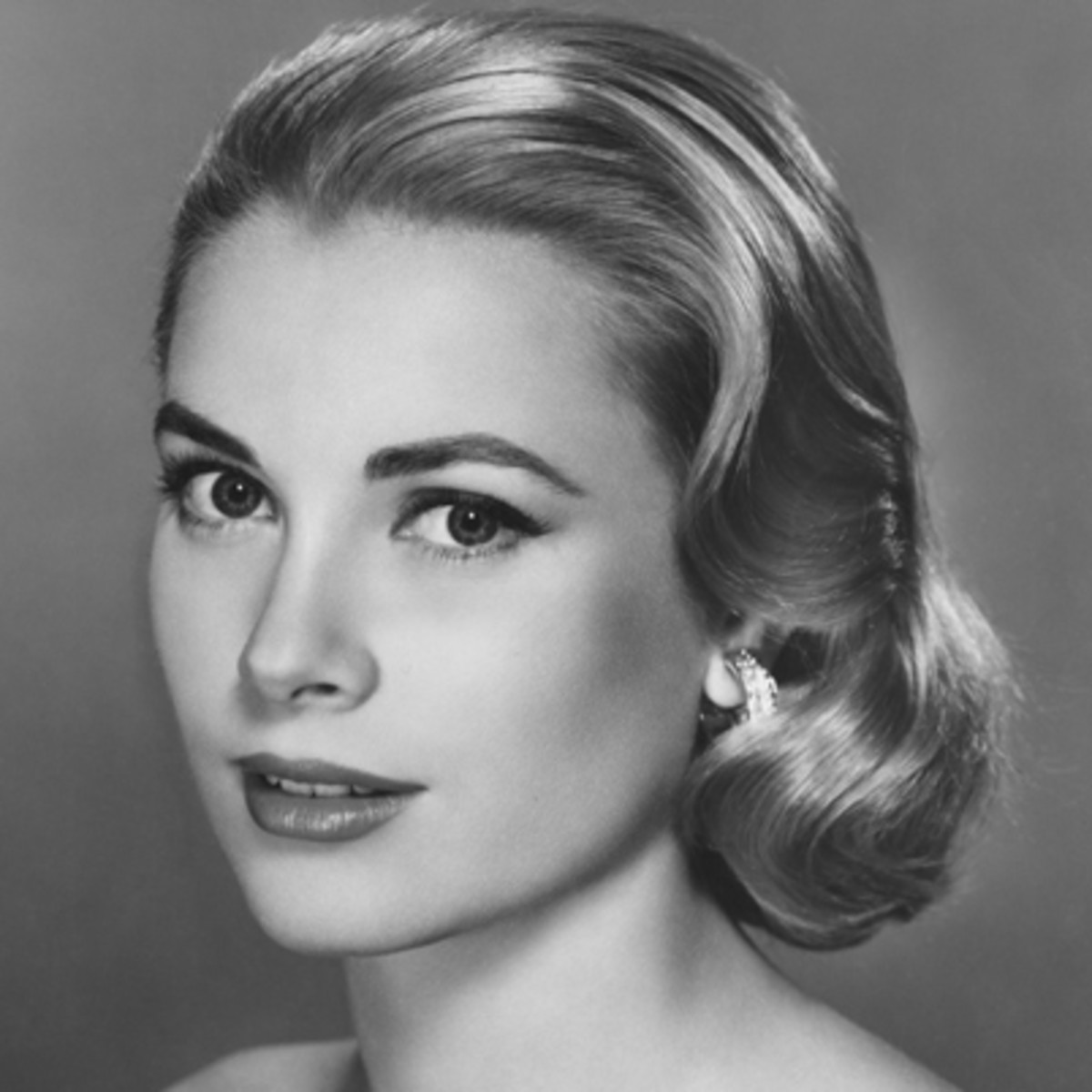 grace kelly biography biography. Black Bedroom Furniture Sets. Home Design Ideas