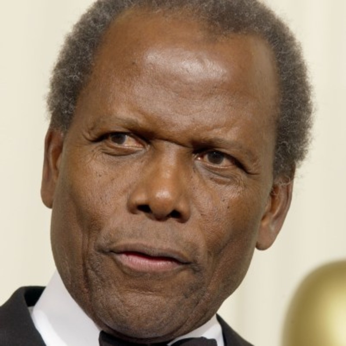 sidney poitier the worlds greatest man actor and icon Keep up with the glitzy awards world with our weekly awards roundup column sidney poitier to be honored with icon award and more best actor best actress.