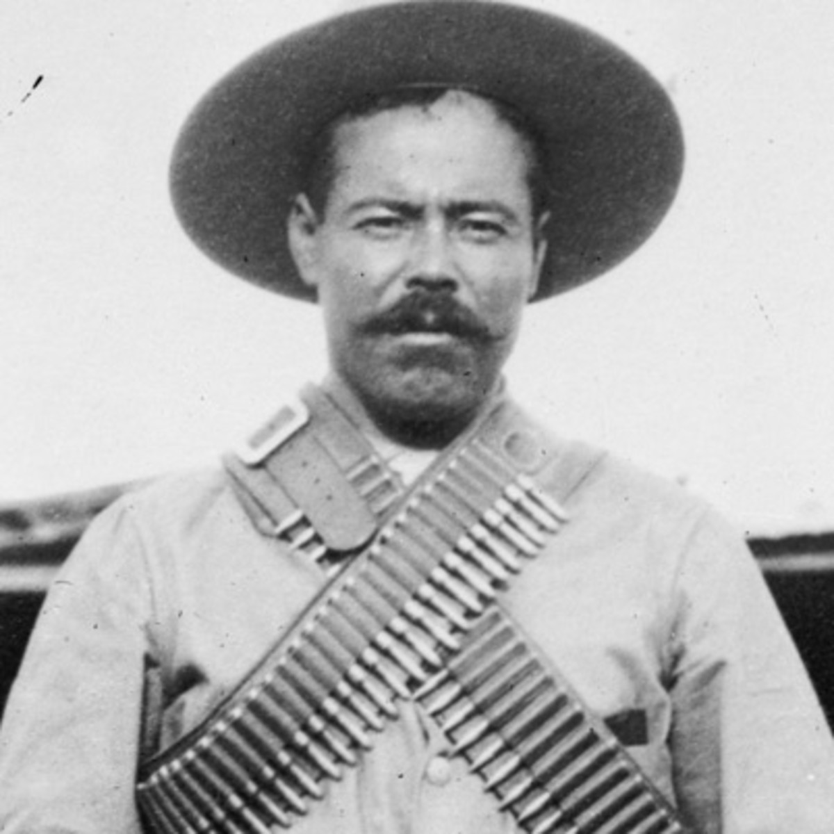 pancho villa military leader biography