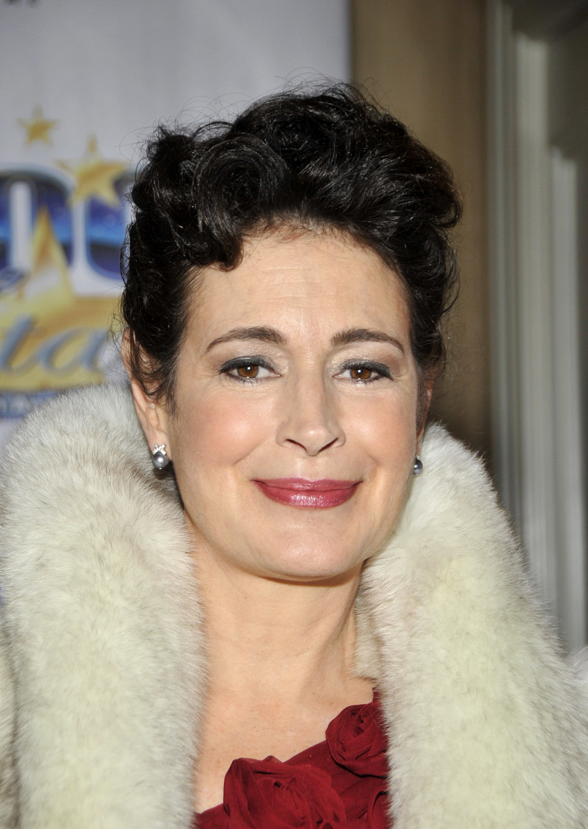 Sean-Young-17139026-2-raw