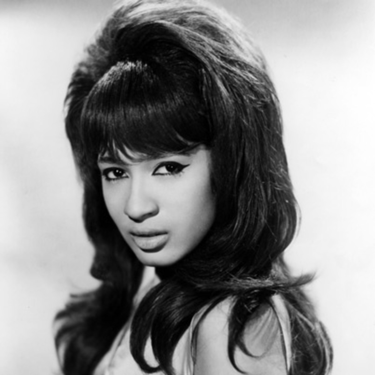 Ronnie Spector - Singer - Biography