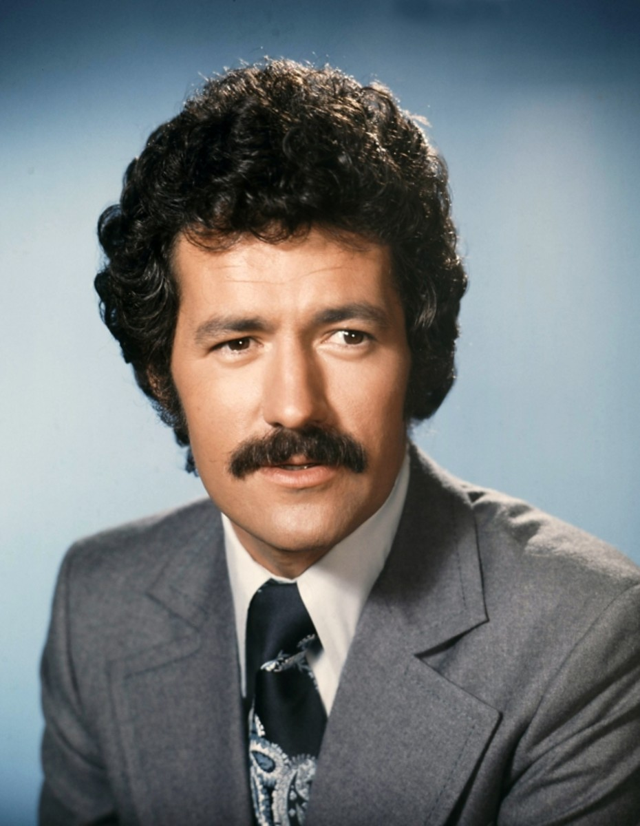 Portrait of Alex Trebek circa 1984. (Getty)