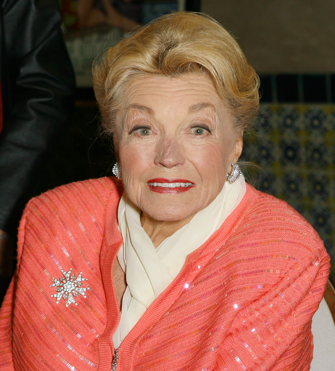 Esther-Williams-259340-2-raw