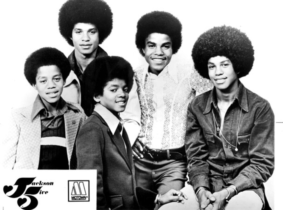 michael jackson remembering the life and death of the king of the jackson 5 including marlon jackson from left jermaine jackson michael jackson
