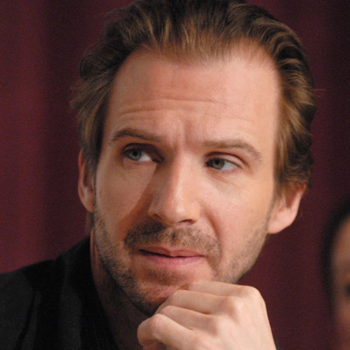 ralph fiennes actor com