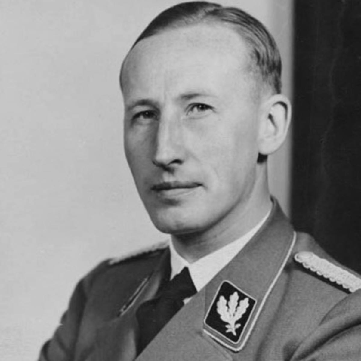 a biography of reinhard tristan eugen heydrich a high ranking german nazi official Reinhard tristan eugen heydrich (7 march 1904 – 4 june 1942) was a high- ranking german nazi official during world war ii, and one of the main architects  of.